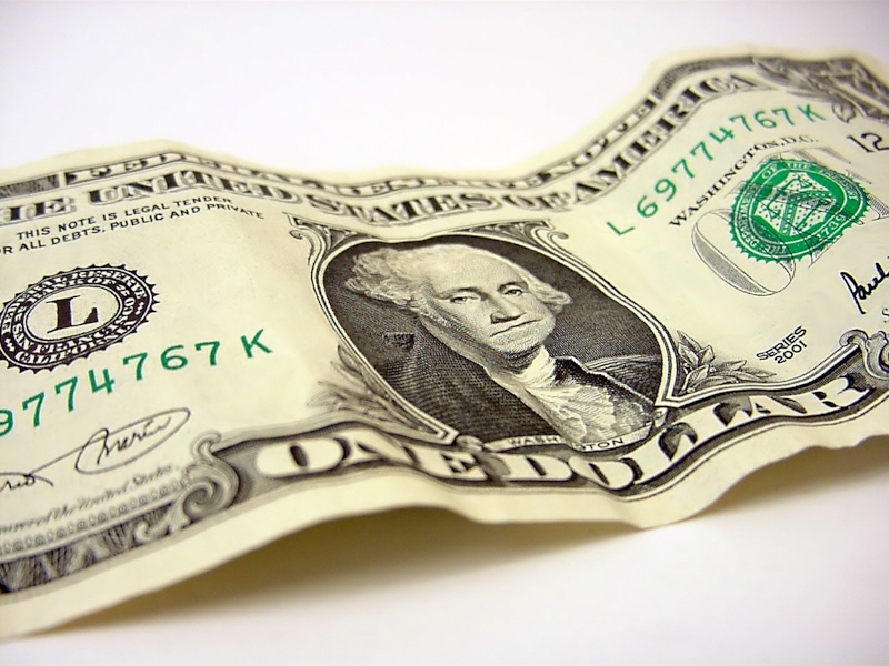 ETFs to Hedge a Falling Dollar