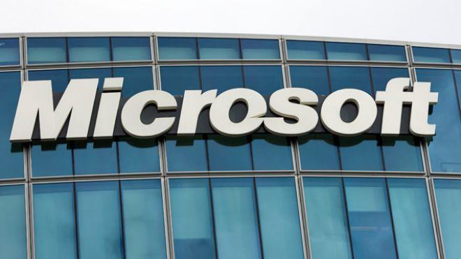 Alphabet, Microsoft Miss Reveals Pitfalls of Market-Cap ETFs