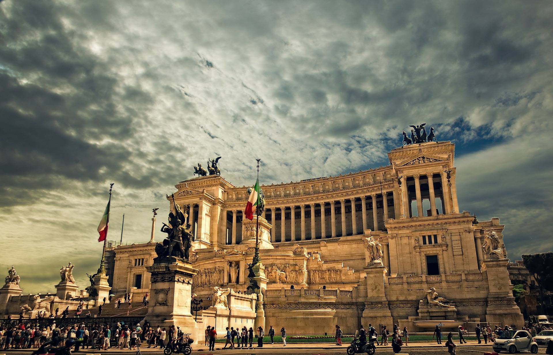 Rome Gives Italy Banks, ETF a Helping Hand