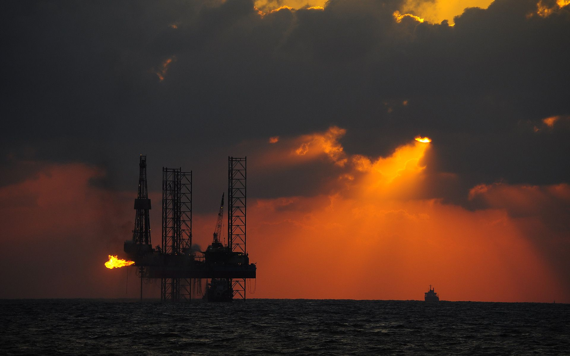 4 Energy ETFs may be at Near-Term Tops