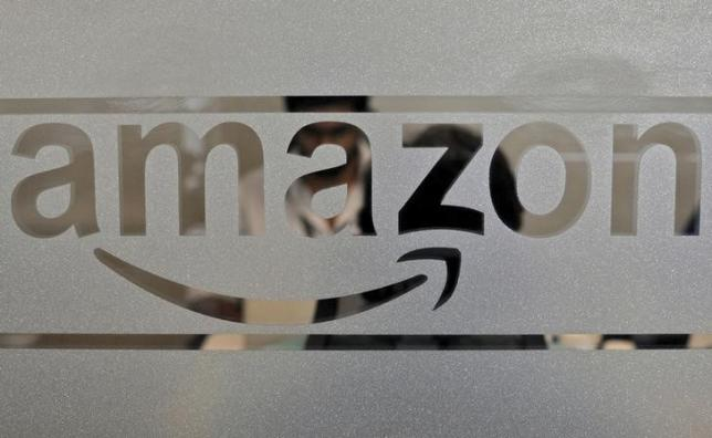 Amazon, Wal-Mart Will Lift This Retail ETF