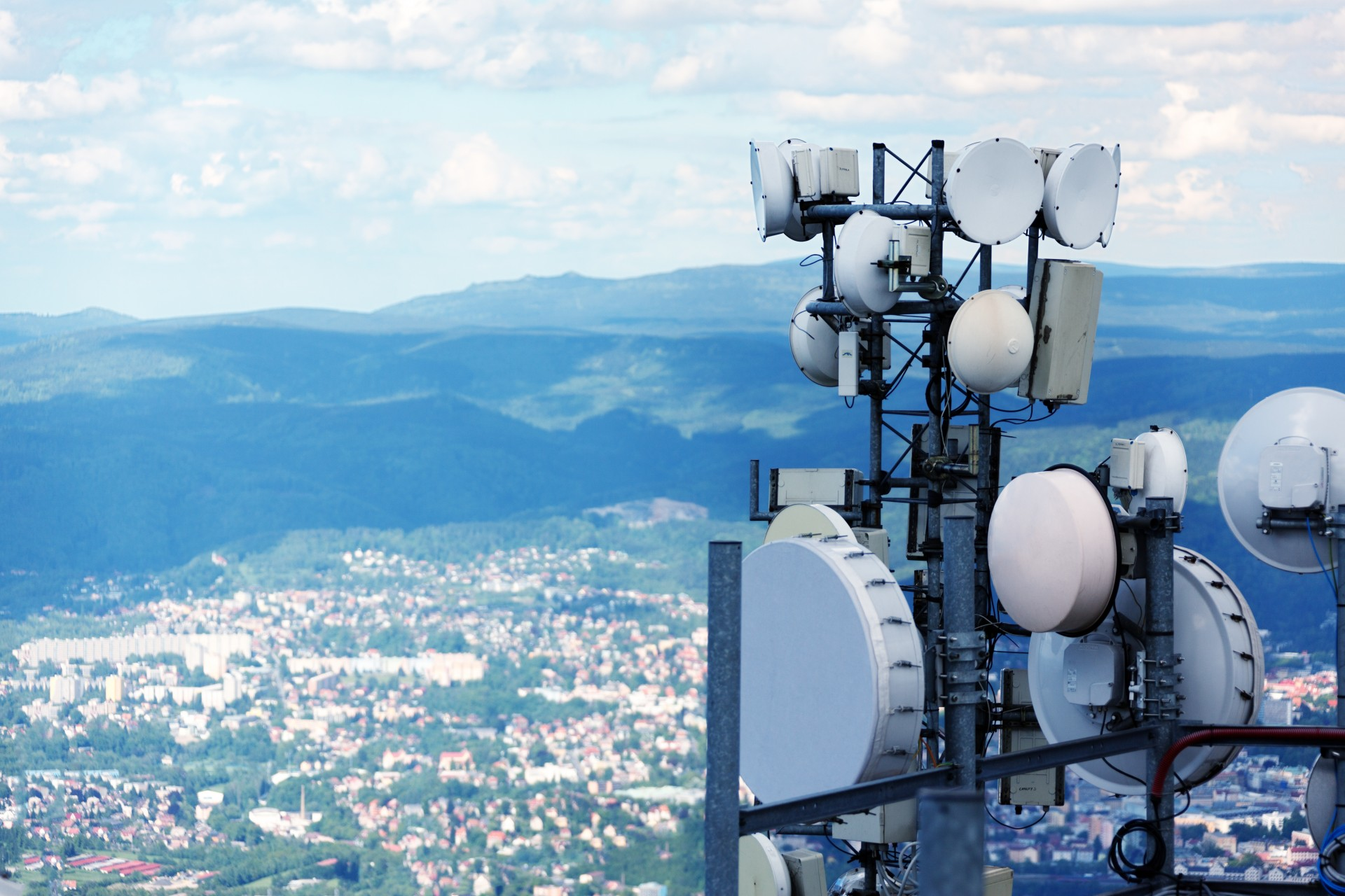 6 Telecom ETFs to Dial Into Verizon, AT&T, Vodafone