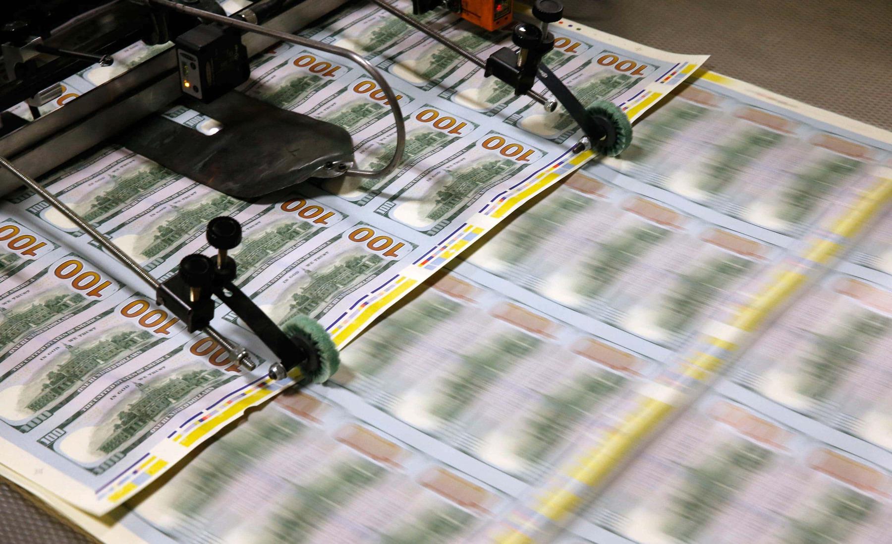 Dollar, Oil ETFs set to Clash