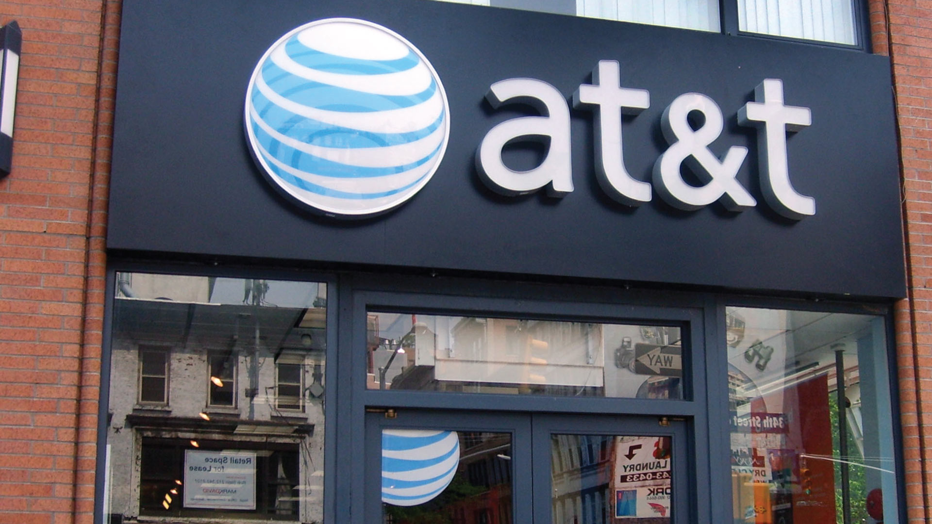 Positive Outlook for Telecom ETFs as AT&T Trades High