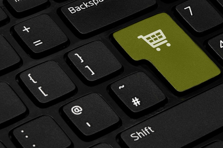 E-Commerce ETFs Are Enjoying a Merrier Season than Other Retailers
