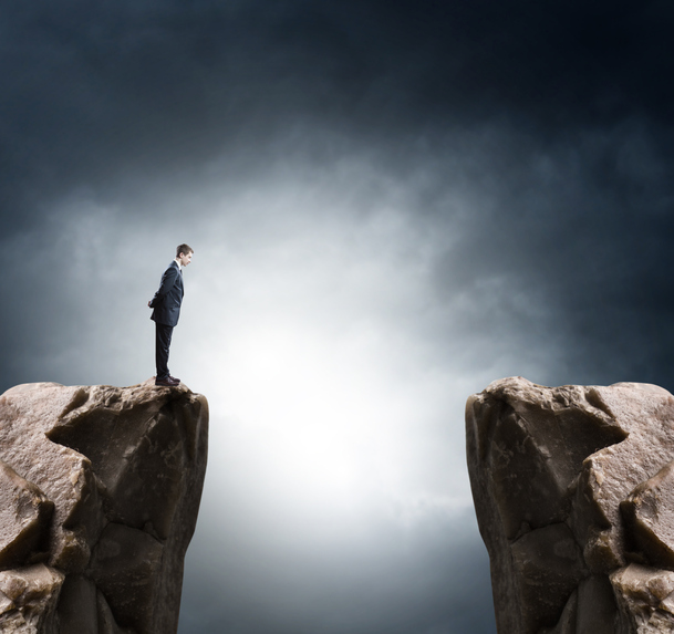 Financial Advisors Can Look to ETF Strategists to Manage Risks