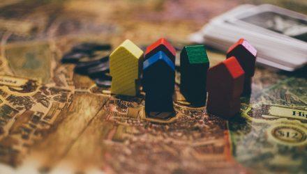 Bond ETFs That Brush Off Higher Rates