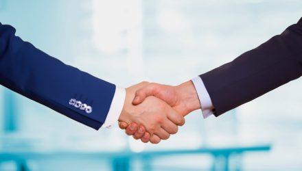 PIMCO, Research Affiliates Partner to Launch Smart Beta ETFs