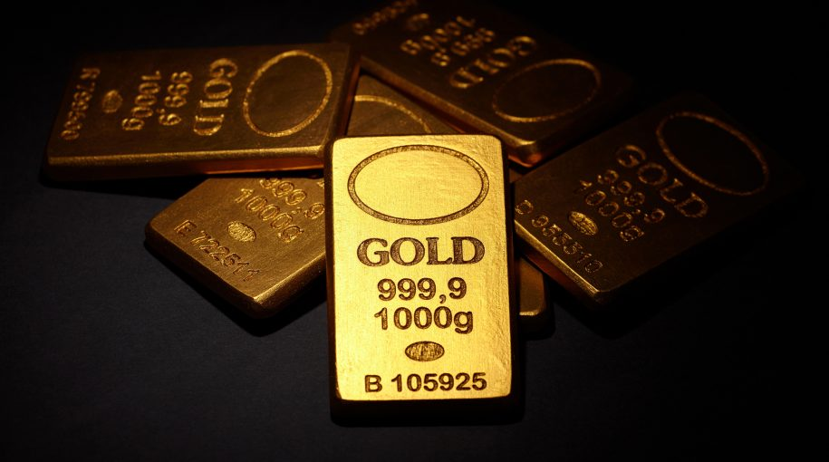 Gold Flirts With Key Technical Level