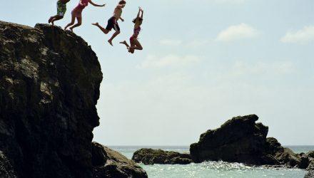 Investors Jump Back Into Junk Bond ETFs