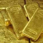 Are Gold Traders Preparing for Declines?