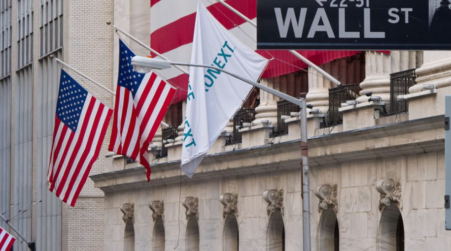 Dow Loses 363 Points: Stock ETFs Retreat – Buying Opportunity or Correction?