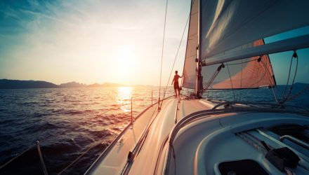 Smooth Sailing Into 2018 Despite Changes In Market Leadership