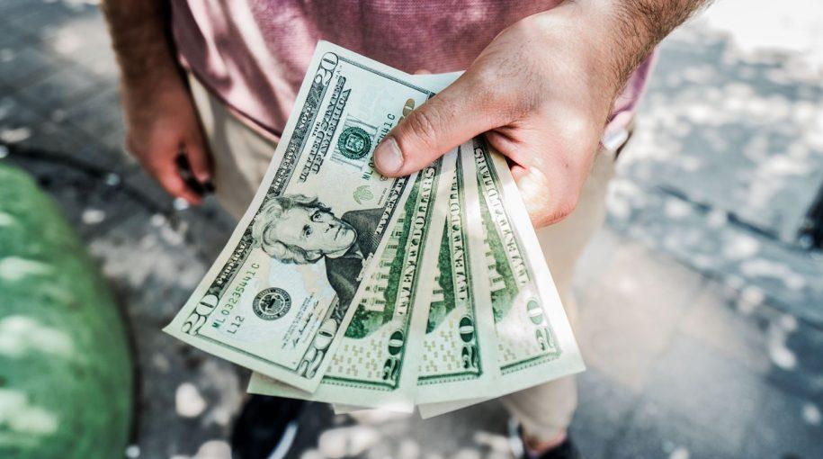 Bearish Options Activity Grows in Dollar ETF