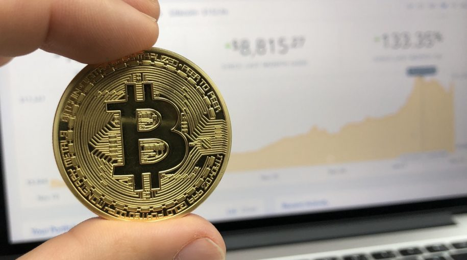 Bullish Bitcoin Call as it Struggles to Top $9K