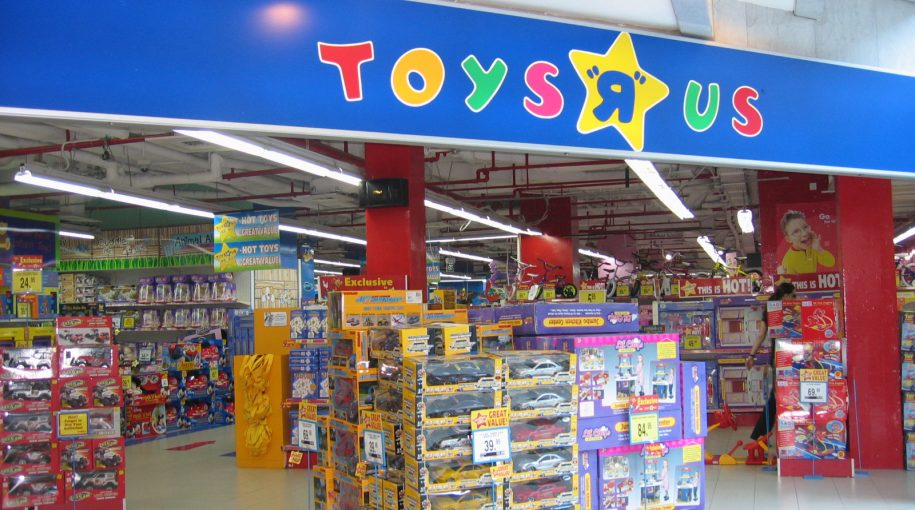 ETFs to Consider as Toys R Us, Sears Close Stores