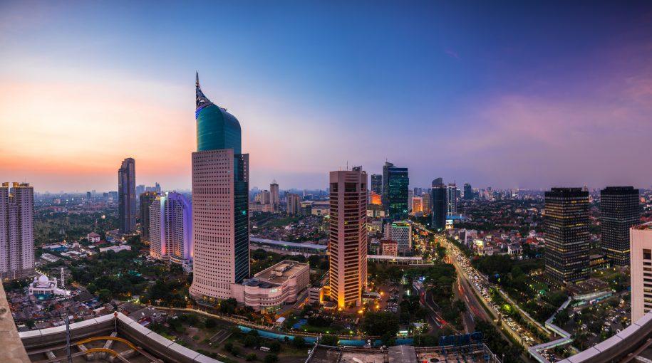 Investors Like Indonesia, But Risks Linger