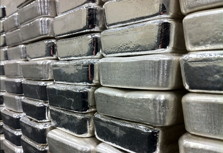 Silver ETFs Retreat as U.S. Dollar Strengthens