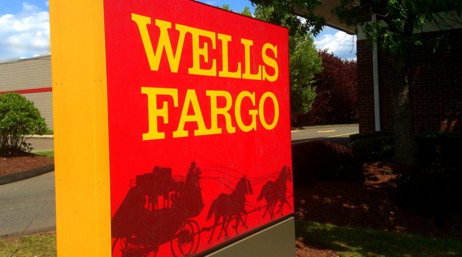 """Buffett: """"Wells Fargo is a Great Bank that Made a Mistake"""""""
