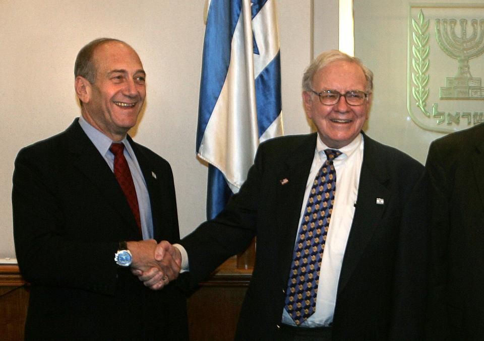 Ehud Olmert and Warren Buffett