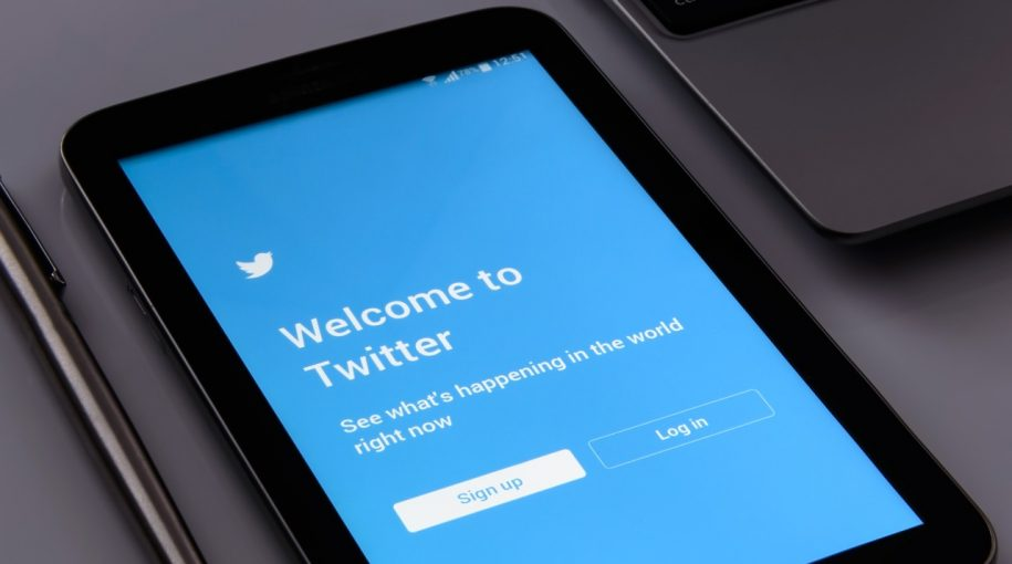 Twitter, Netflix to Join Large-Cap S&P Index ETFs