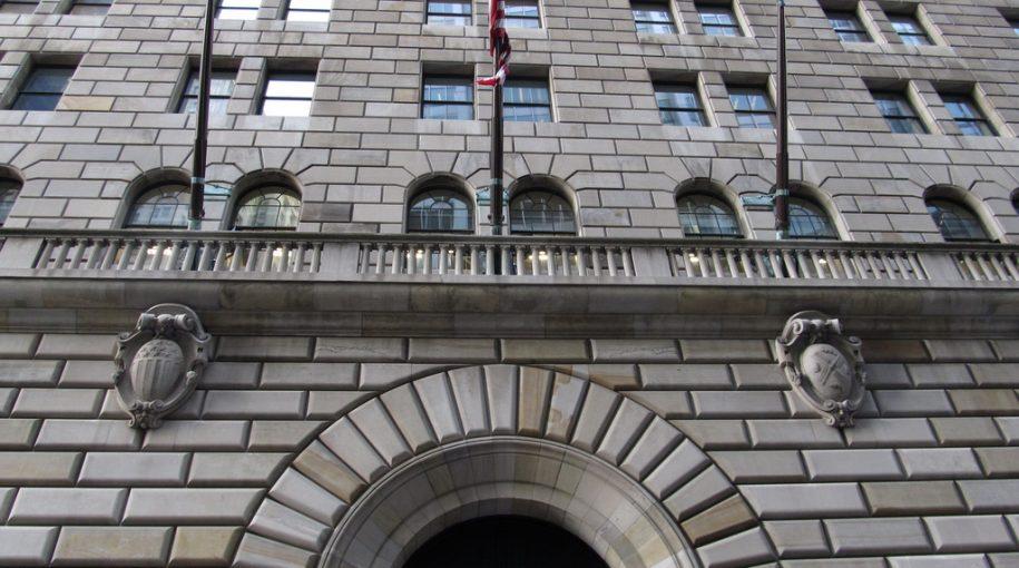 Bond ETF Goes Long High-Yield, Short U.S. Treasury