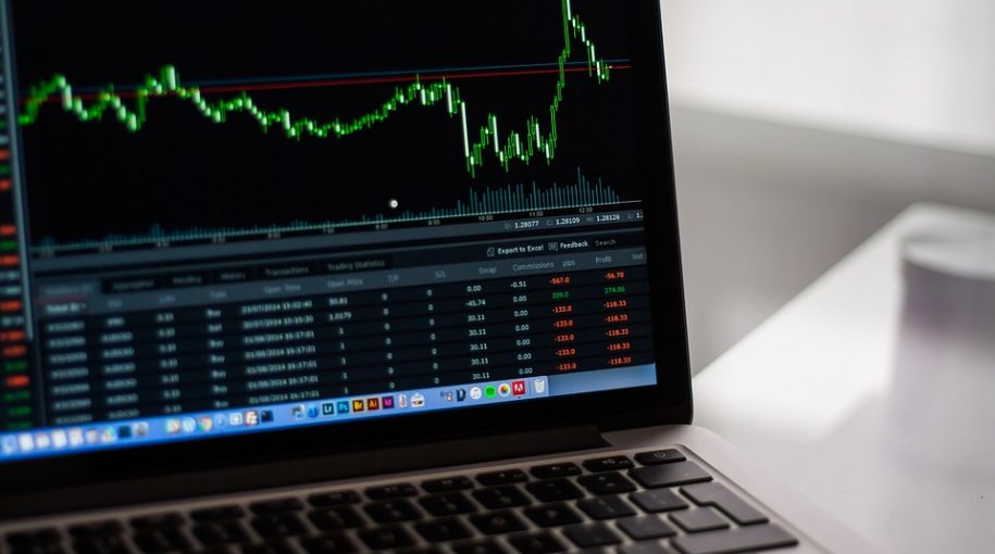Deconstruct the Aggregate Bond Index with Fixed Income ETFs