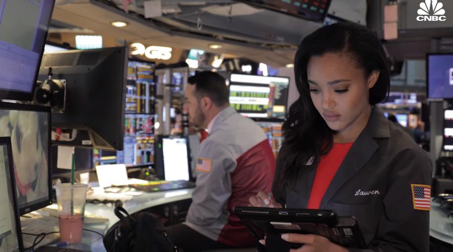 Meet Lauren Simmons: NYSE's Only Full-Time Female Trader