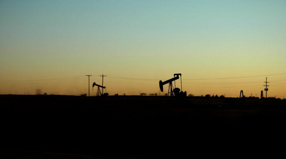 'GUSH' Oil ETF Keeps Gushing Huge Returns