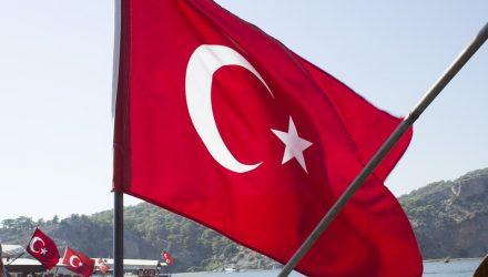 Benchmark Treasury Yields Gain Amid Economic Crisis in Turkey
