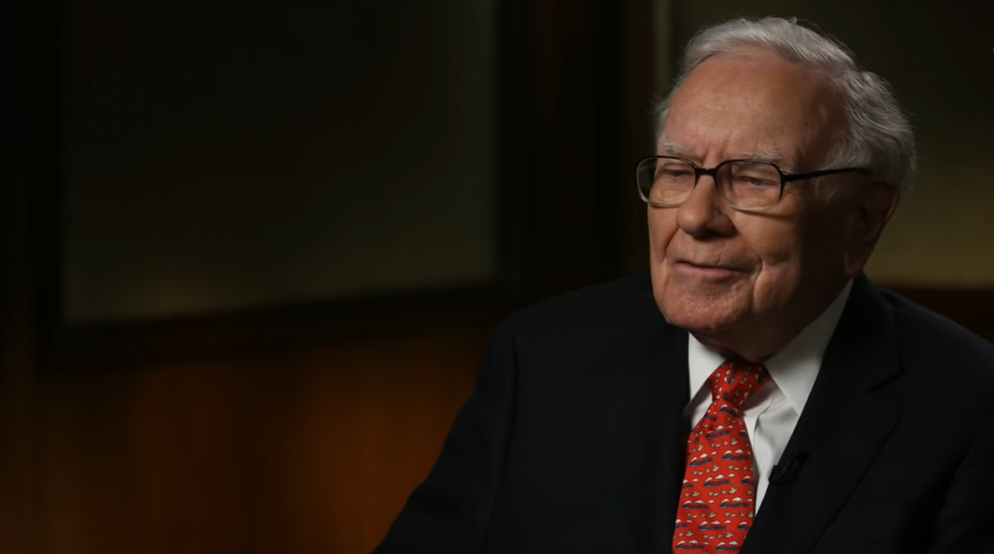 Buffett on Tax Cuts, China and Women in Business