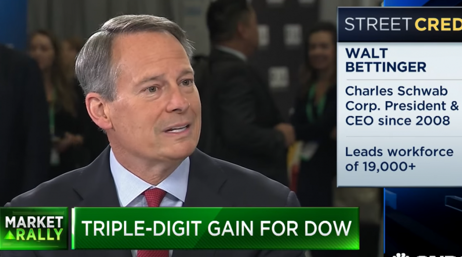 Charles Schwab's Bettinger: Clients are Moving into Fixed Income