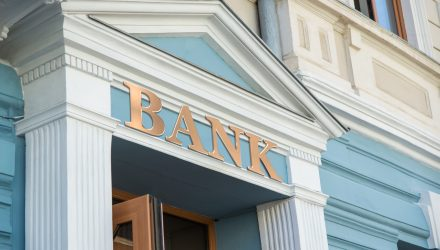 Encouraging Trends for Big Regional Banks