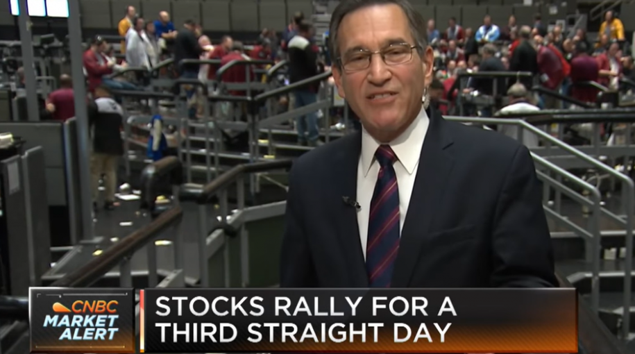 Santelli Exchange: Notes-Over-Bonds Spread Steepens