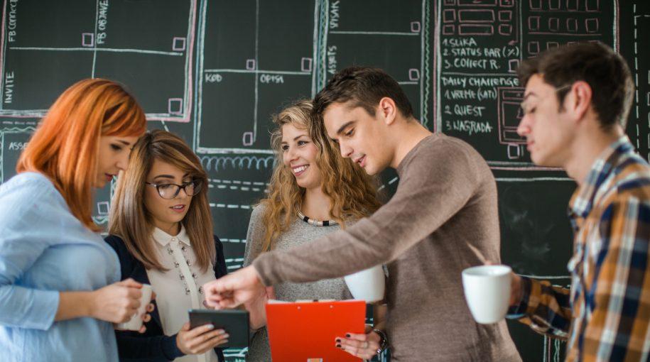 3 Reasons Why Millennials Prefer ETFs