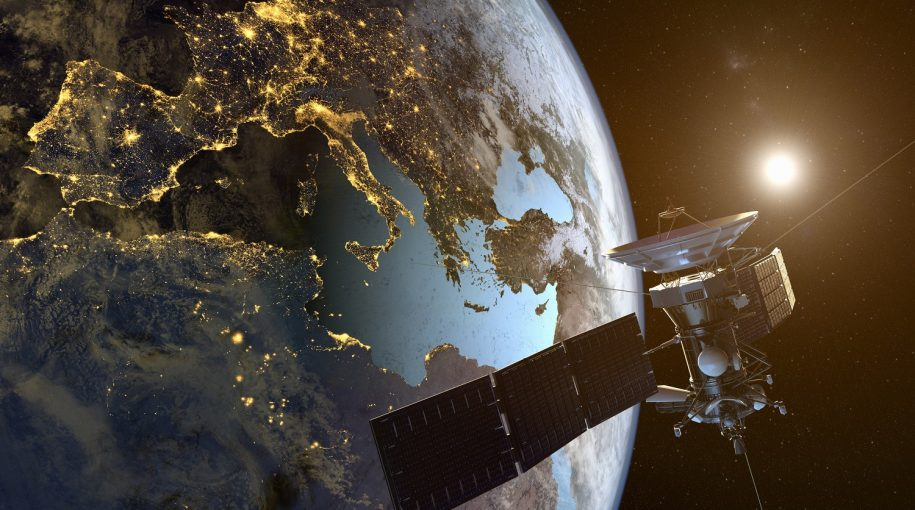 Spy Satellites Offer an Edge on Business Insights