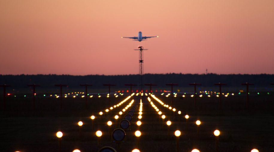FAA Deems Boeing 737 MAX 8 Plane Still Airworthy