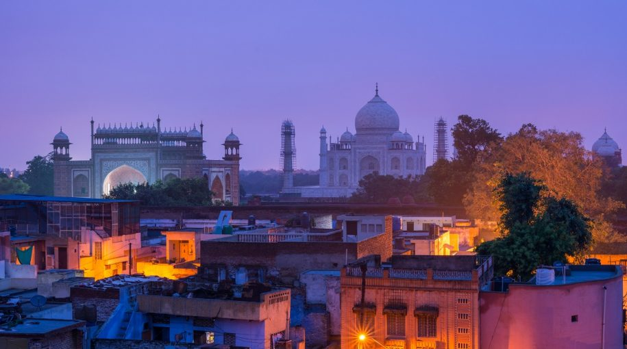 India ETFs Pop on Strengthening Economic Data, Election Hopes