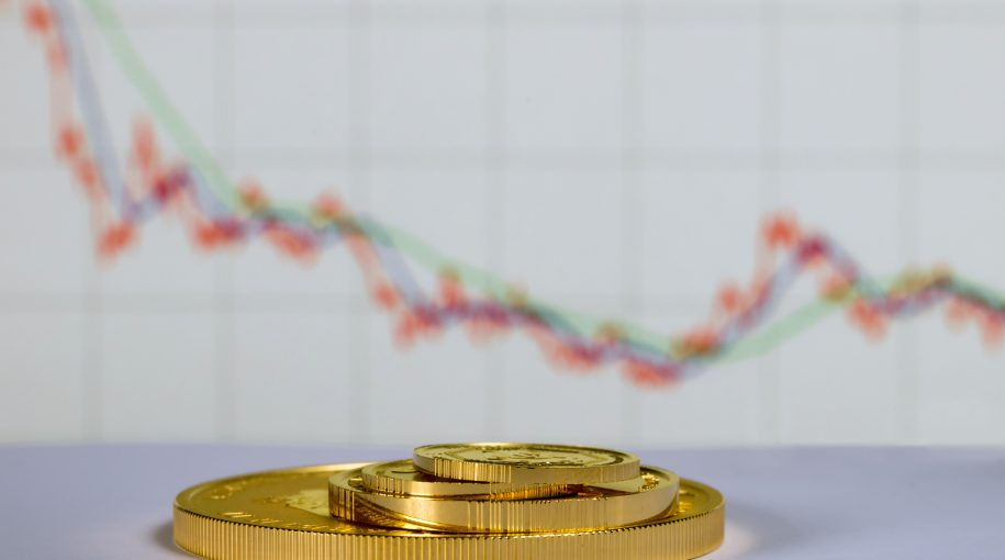Gold Slumps to Lowest Level of the Month as Dollar Gains