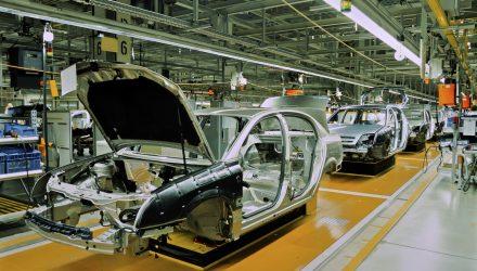 U.S. Stock ETFs Stumble as Trump Postpones Car Tariffs