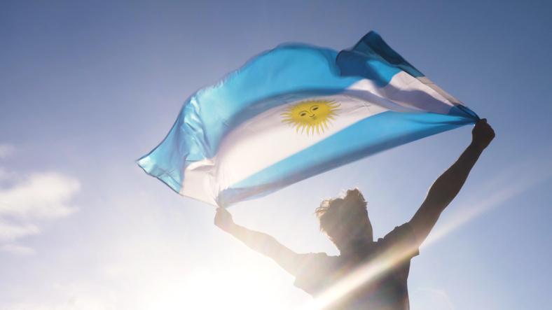 Argentina ETFs Surge After Macri Announces Moderate V.P. Pick