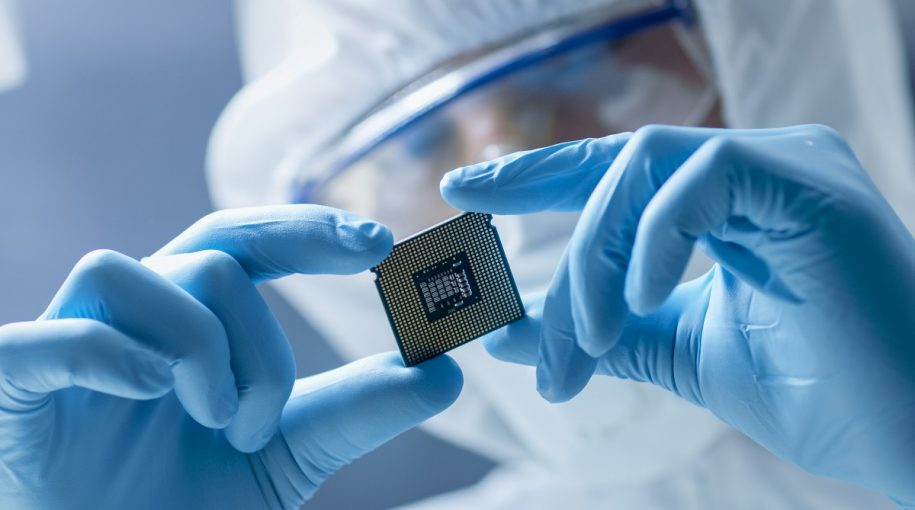 Semiconductors Down On Analyst Revisions, Huawei Woes