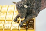 Gold Bulls Lying in Wait for End-of-Month Rate Cut