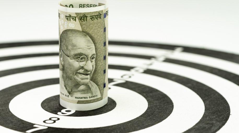 Risky Corporate Bond Sales Weaken as India's Economy Slows