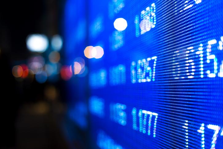 U.S. Stock ETFs Flat as Earnings Season Kicks Off
