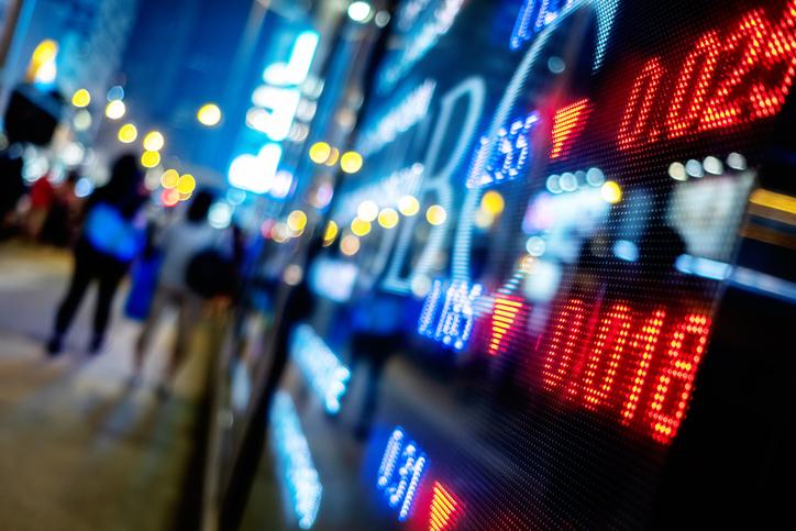 U.S. Stock ETFs Slip as Investors Take a Second Look at Trade