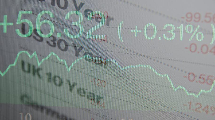 10-Year, 2-Year Yield Curve Under Watchful Eye