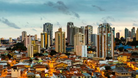 Brazil ETFs Retreat as Economy Heads Toward a Recession