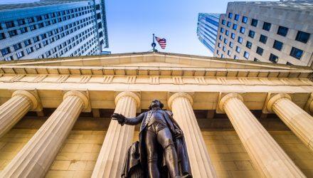 U.S. Stock ETFs Strengthen on Confidence in Consumer Spending