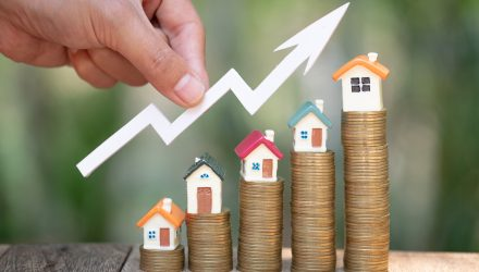 Buyer's Market Could Boost These Homebuilder ETFs